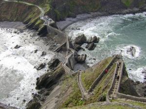 Escaleras en San Juan de Gaztelugatxe
