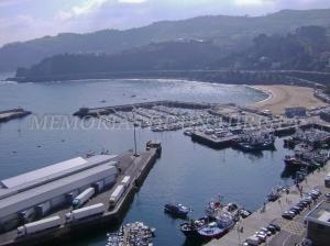 Playa y puerto de Getaria