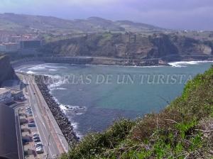 Playa de piedras de Getaria desde el Monte San Antón Mendia