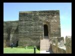 Entrada a la Torre de los Pozos