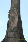 Estatua conmemorativa en la Cruz de los Caídos
