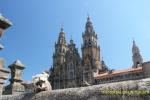 Mery delante de la Catedral