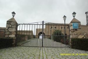 Entrada al convento