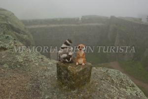 Mery y Pepe en el castillo