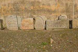Inscripciones en piedra