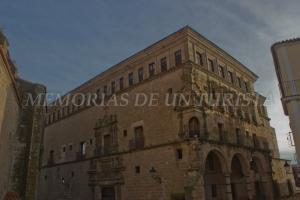 Palacio de los Carvajal Vargas