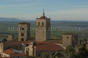 Iglesia de Santa María la Mayor desde Castillo de Trujillo