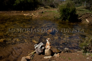 Mery y Pepe en el río