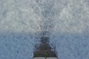 Desembalsando agua