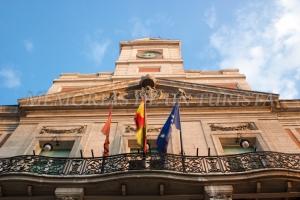 Reloj en la Puerta del Sol