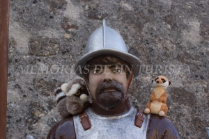 Mery y Pepe con el soldado
