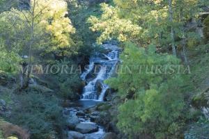Cascada en el Río Ambroz