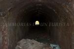 Túnel en mitad del campo