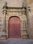 Puerta de la Iglesia de San Mateo en Cáceres