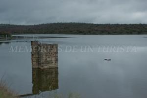 Parte del muro de la presa