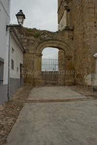 Arco al lado de La Picota