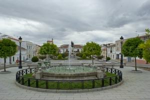 Fuente en la Plaza de Hernán Cortés
