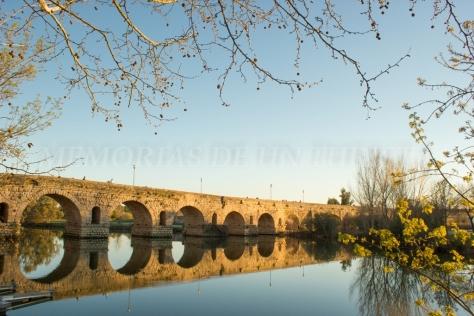 Puente Romano al atardecer