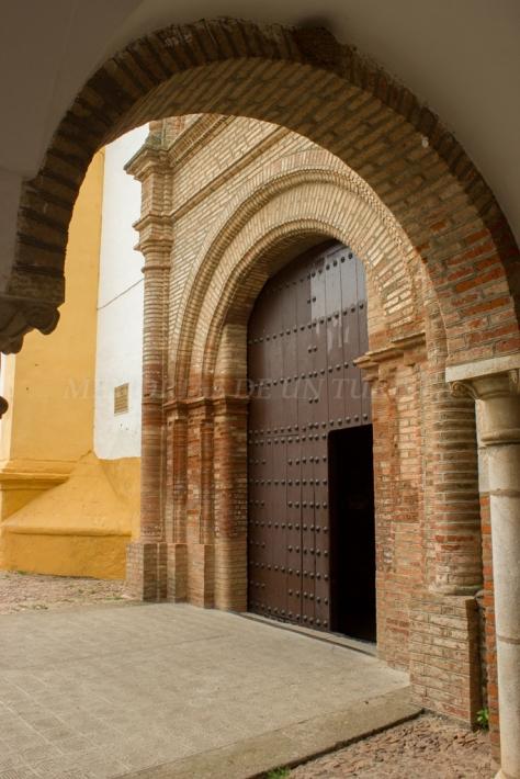 Entrada al Convento del Rosario