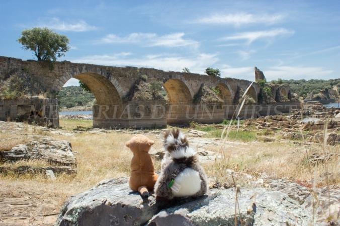 Mery y Pepe en el Puente Ayuda